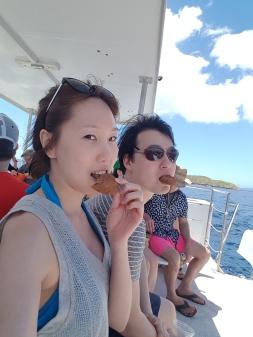 Ocean breeze, blue sky and... cookies! ;p